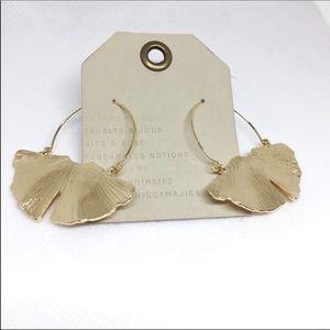 NWT Anthropologie Golden Ginkgo Leaf Earrings